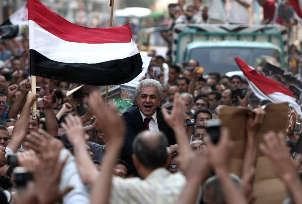 """El fulgurante ascenso de Hamdin Sabahi es la negativa del pueblo egipcio a encadenarse al """"bipartidismo de Washington"""", eligiendo entre los islamistas y los restos de la dictadura de Mubarak."""