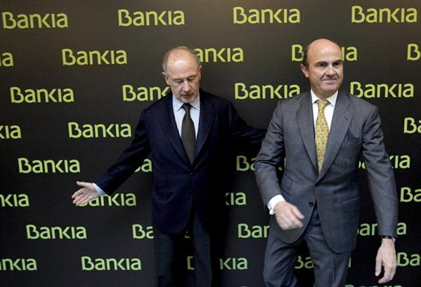 """Rato ha arremetido contra de Guindos, presentándolo como el """"infiltrado"""" de Washington y Berlín en España para hundir a la banca y al país."""