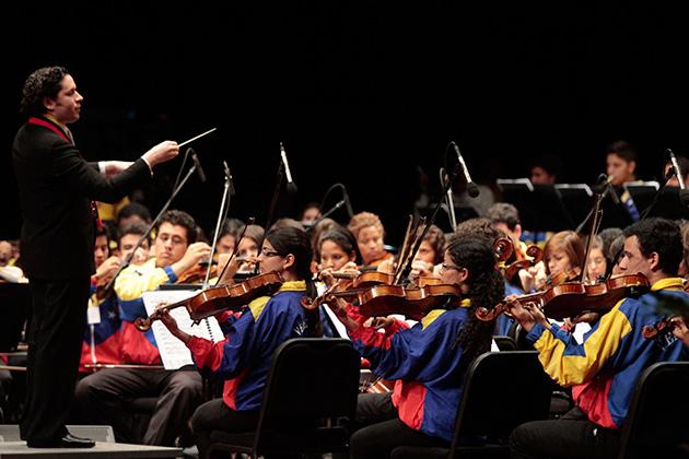 La orquesta de los nadie