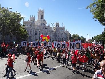 """La participación directa en las manifestaciones o la """"simpatía"""" con los motivos por los que se convocan de amplios sectores que representan al 90% de la población."""