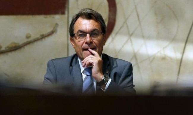 """¿Se imagina lo que sucedería en una Cataluña independiente gobernada por esta gente? ¿Todavía quiere usted """"Mas""""?"""