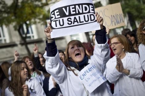 Hasta Ana Botella, alcaldesa de Madrid y esposa de José Maria Aznar, firmó contra el desmantelamiento del Hospital Princesa como hospital público.