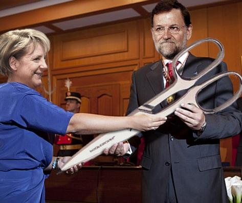 Alemania quiere convertir, de la mano de Merkel, a España en poco menos que un protectorado germano, degradado al mismo nivel que Grecia o Portugal. Tan desmesurada es esta pretensión, que incluso el gobierno de Rajoy se ha visto obligado a manifestar su negativa.