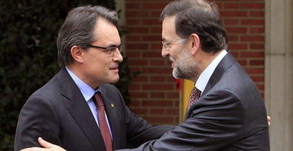 Negociaciones secretas, oferta pública