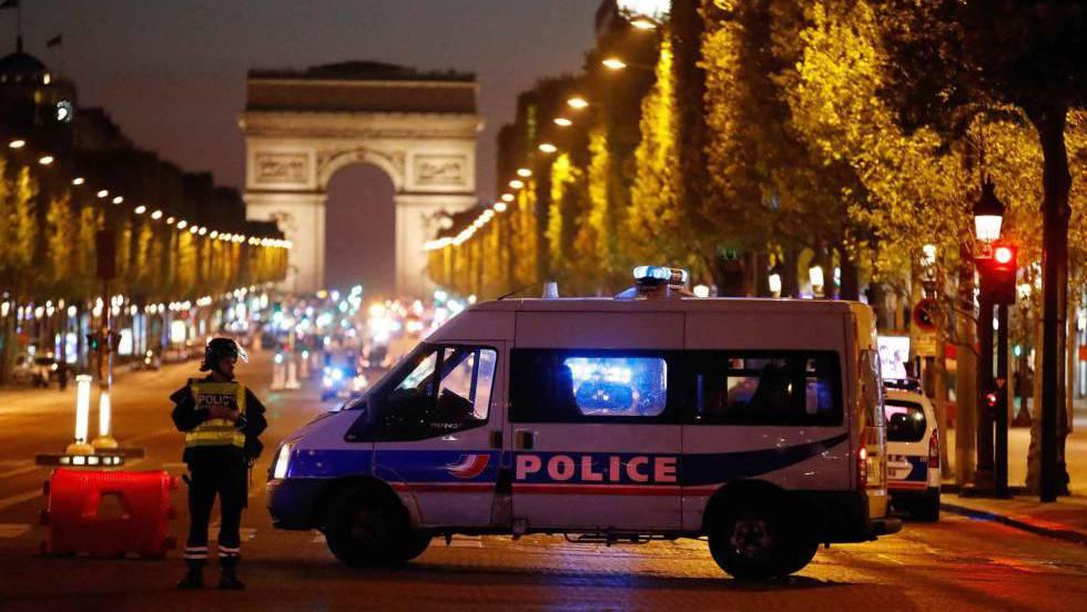 Alerta en París