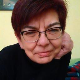 Encarna Valle, presidenta del Club de Poetas Vivos