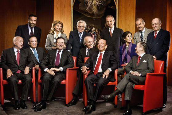 Foto histórica del consejo de Administración del Santander. Ni un solo banquero aparece en el Tramabus.