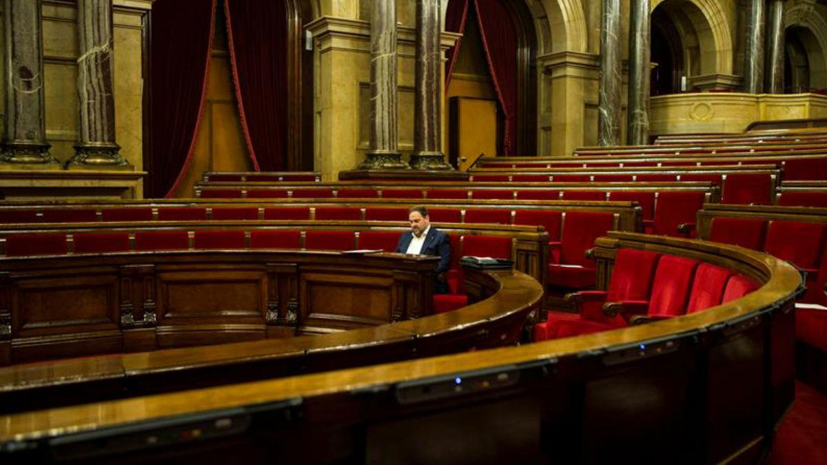 Les estorba el Parlament