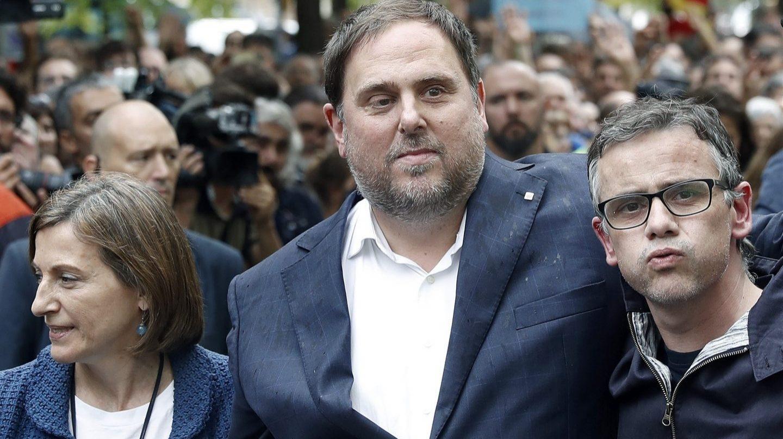 """Oriol Junqueras y Marta Rovira admitían la traición a sus votantes que supondría impulsar un referéndum unilateral por la independencia: """"un referéndum no pactado (unilateral) no tiene sentido, ya lo hemos hecho (TC). Tenemos un contrato que es el programa electoral. No tenemos derecho a modificarlo""""."""
