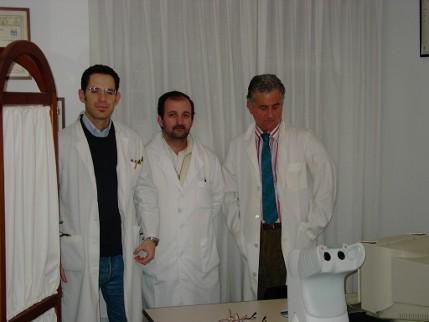 Salvador Harguindey, a la derecha, con sus colaboradores
