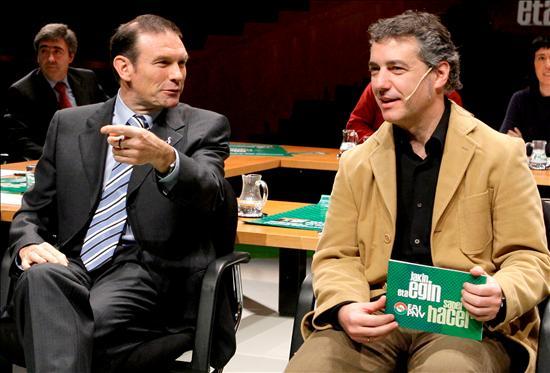 (EFE) Ibarretxe tratando de minimizar la crisis en el País Vasco, oculta las cuentas de paro industrial y las cuentas del Cupo.