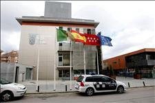 Fachada del ayuntamiendo de Boadilla del Monte, implicado en la trama de corrupción (Foto: EFE)