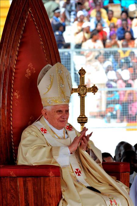 Benedicto XVI en Camerún