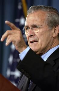 El Secretario de Defensa de EEUU durante la Era Bush, Donald Rumsfeld