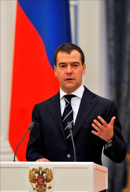 """Medvédev afirmó que celebrar las maniobras aliadas en Georgia es tan peligroso como hacerlo en Oriente Medio o cerca de Corea del Norte, pues suponen """"una demostración de la fuerza militar"""" ante Abjasia y Osetia del Sur.(EFE)"""