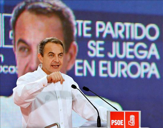 (EFE) Zapatero pretende desviar la atención. Se empieza decidiendo aquí y ahora.