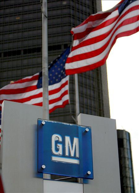 El colapso de GM y de Chrysler son un reflejo de la compleja realidad a la que se enfrenta Estados Unidos, transformada en una economía que depende de los servicios y en la que ya no hay vacas sagradas entre sus gigantes industriales.