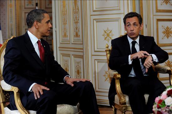 La posición tradicional de Estados Unidos es la integración (de Turquía a la Unión Europea) y la mía no es la integración, dijo el mandatario francés. Obama admitió que Estados Unidos no es miembro de la UE y que no puede por lo tanto dictar las modalidades que se aplican a la adhesión a esa comunidad de naciones europeas, pero esa adhesión sería importante, al señalar que Turquía ya es un aliado sumamente importante en el seno de la Organización del Tratado del Atlántico Norte (OTAN). (EFE)